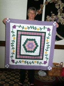PIECEMAKERS ROUND ROBIN CHALLENGE - 39 inches square